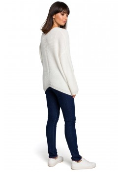 Асиметричен пуловер в цвят екрю BK026
