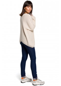 Асиметричен пуловер в бежов цвят BK026