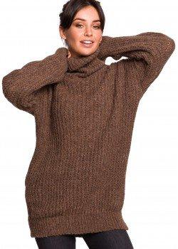 Дълъг пуловер в кафяв цвят BK030
