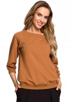 Елегантна блуза с широко деколте в цвят карамел M412