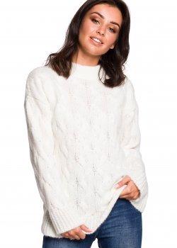 Плетен пуловер в цвят екрю BK038