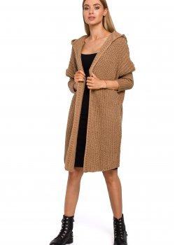 Плетена жилетка с качулка в кафяв цвят M475