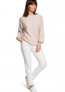 Пуловер в бежов цвят BK024