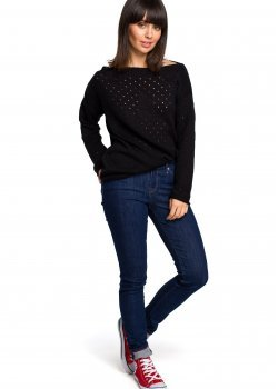 Пуловер в черен цвят BK019