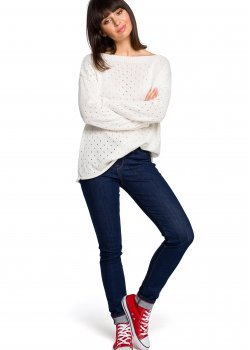 Пуловер в цвят екрю BK019