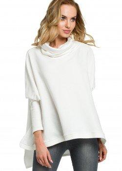 Стилна блуза с поло яка в цвят екрю M389