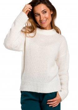 Изчистен пуловер в цвят екрю S 185