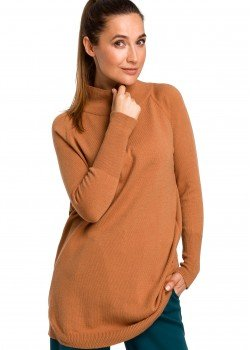 Изичистен пуловер в кафяв цвят S184