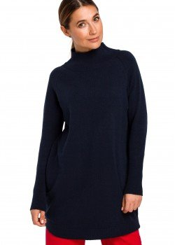 Изичистен пуловер в тъмносин цвят S184