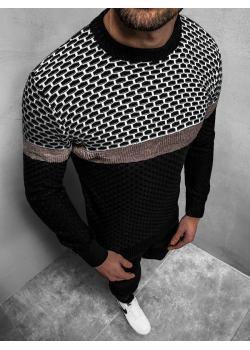 Пуловер в черен цвят