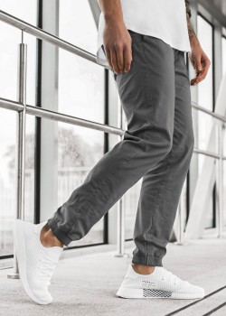 Чино панталон в цвят графит
