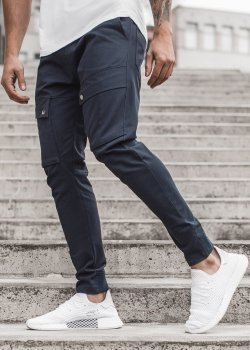 Спортен панталон в тъмносин цвят